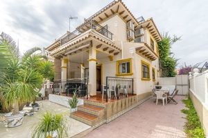 Quad with 3 bedrooms for sale