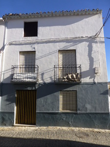 5 bedroom Townhouse for sale in Alhama de Granada
