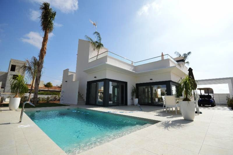 3 bedroom Villa for sale in Peraleja Golf Resort