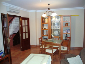 4 bedroom Townhouse for sale in San Fernando
