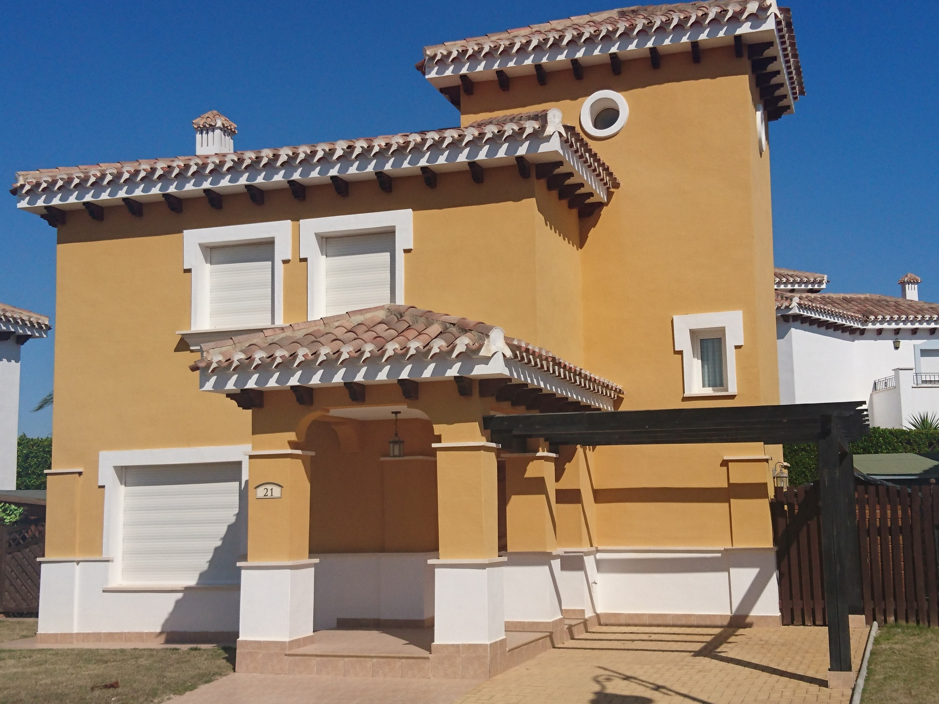 Fabulous 3 bed detached villa with private pool on Mar Menor Golf Resort
