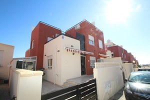 3 bedroom Townhouse for sale in Villamartin