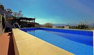 5 bedroom Townhouse for sale in Granada