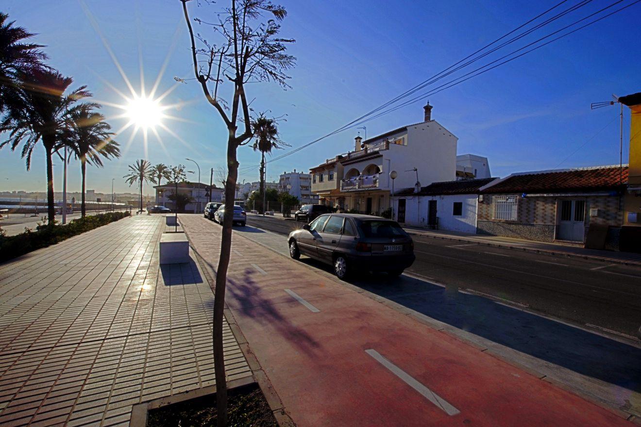 2 bedroom House for sale in Caleta de Velez
