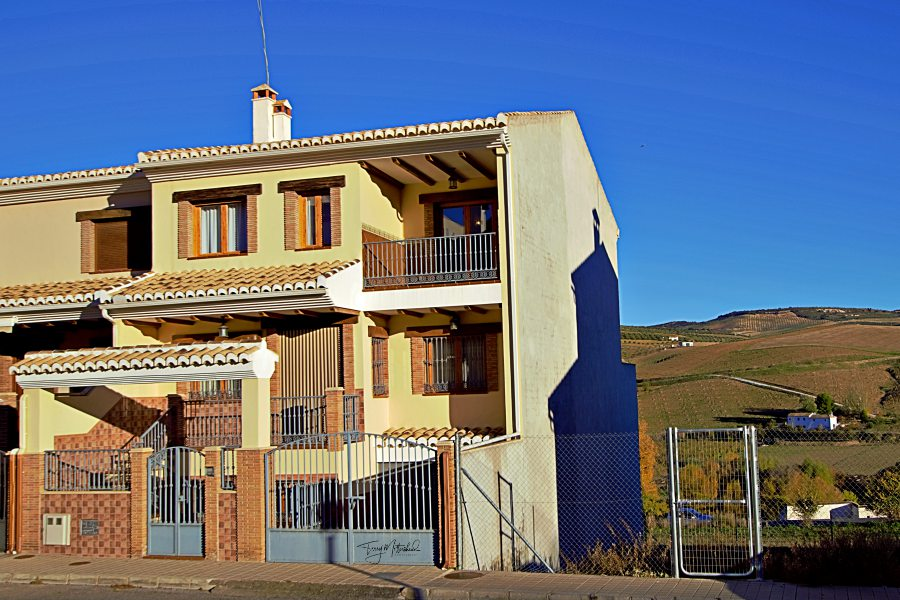 6 bedroom House for sale in Alhama de Granada