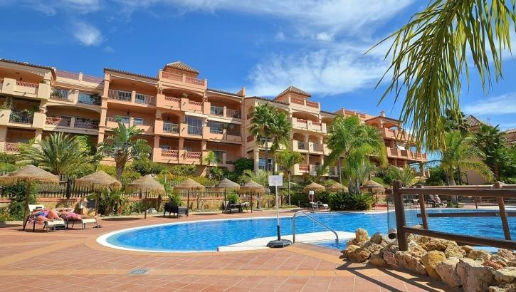 2 bedroom Apartment for sale in Benalmadena