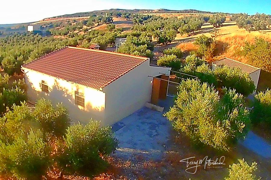 2 bedroom Finca for sale in Alhama de Granada