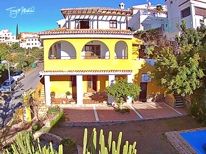 6 bedroom Chalet for sale in Motril