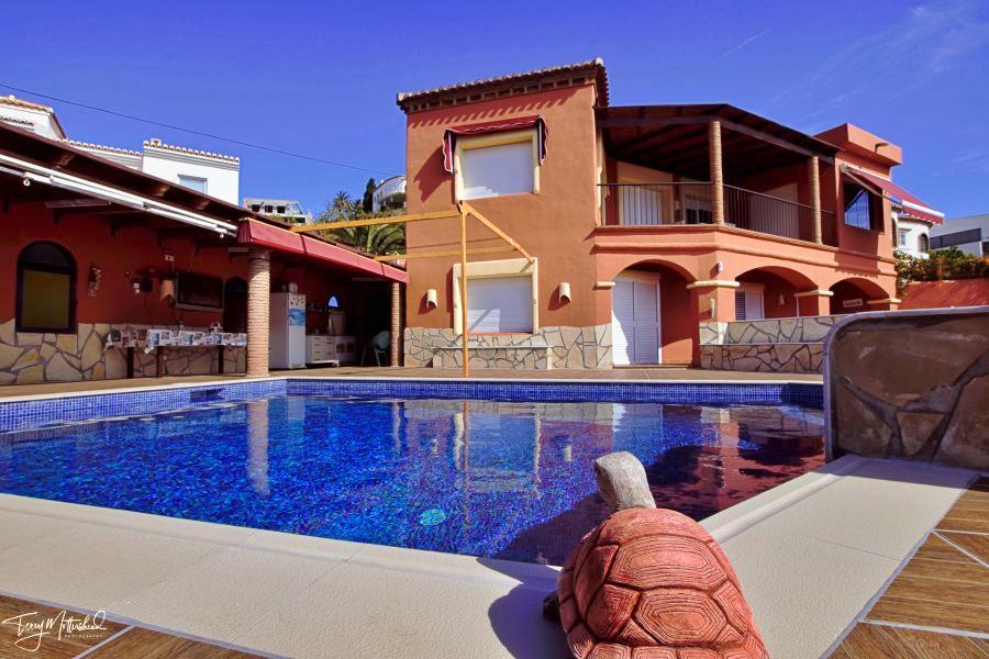 5 bedroom Villa for sale in Salobrena
