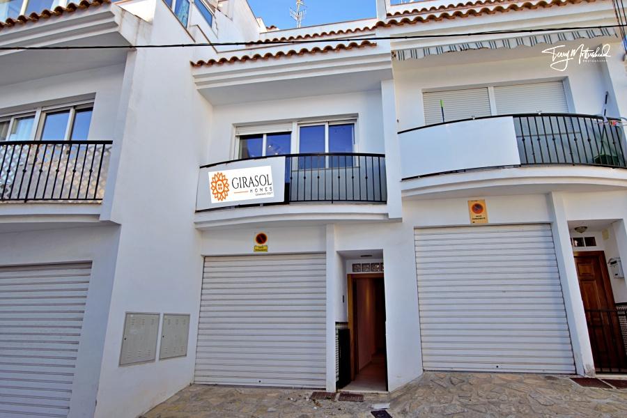 3 bedroom Townhouse for sale in Salobrena