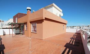 2 bedroom Penthouse for sale in Huelva