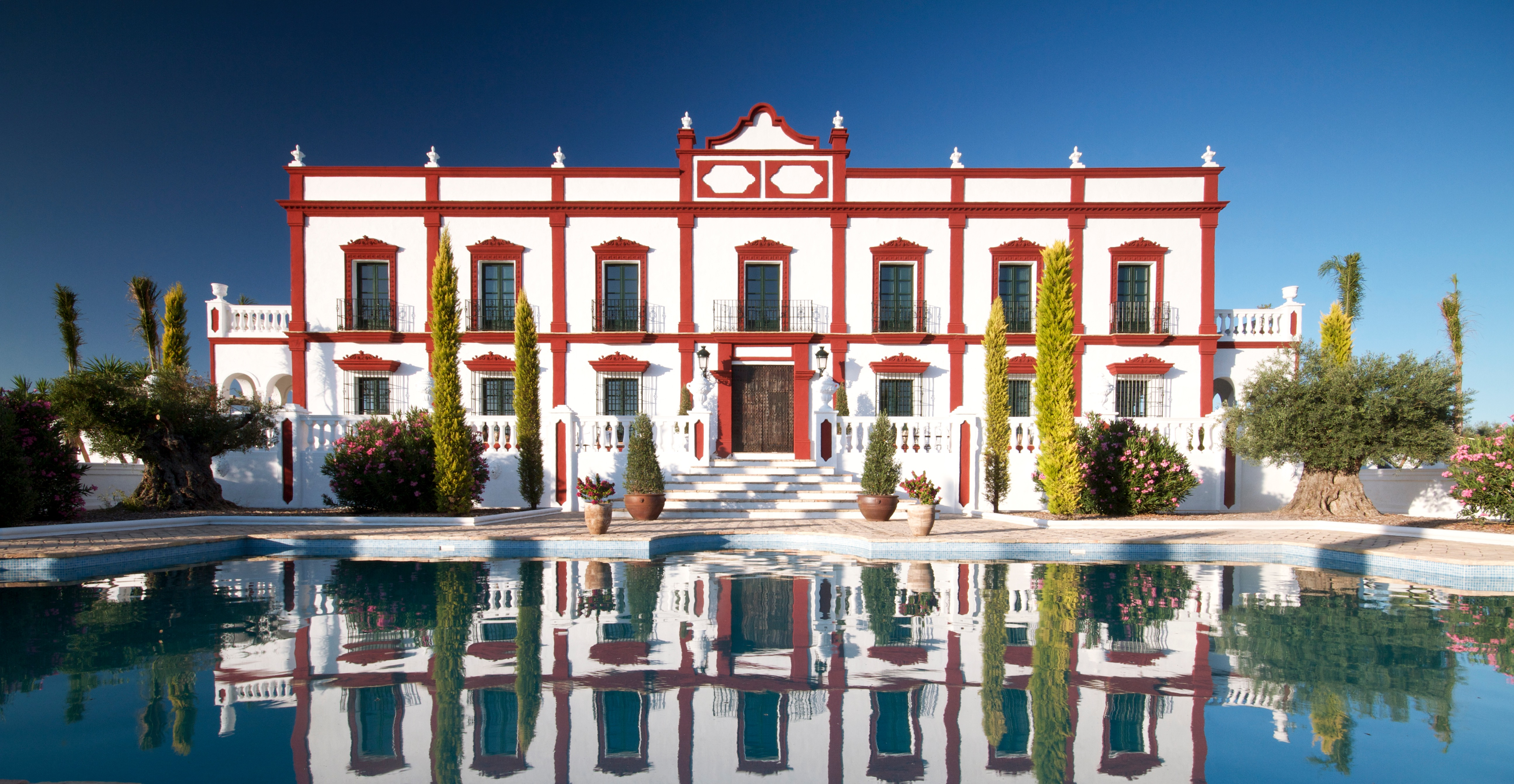 7 bedroom Country House for sale in Seville