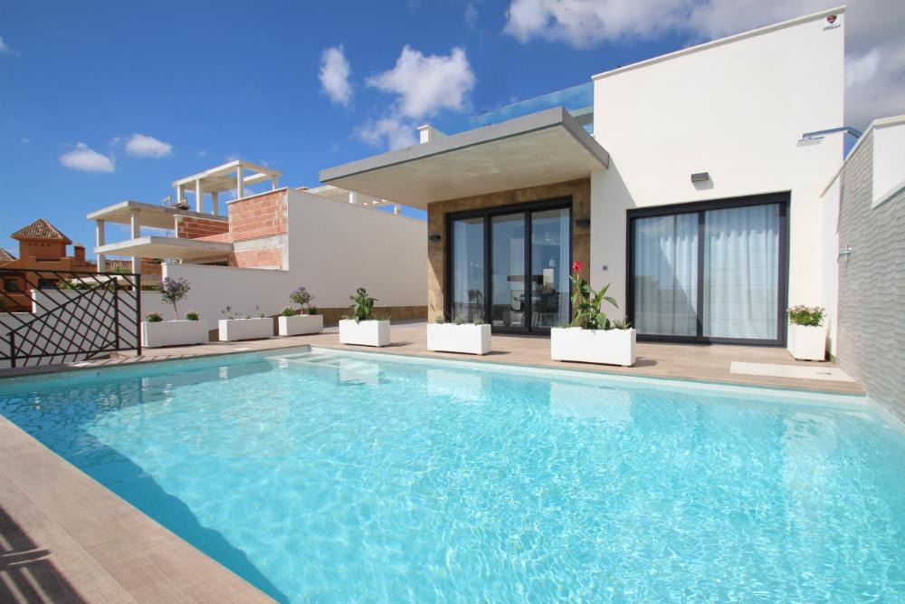 3 bedroom Villa for sale in Campoamor