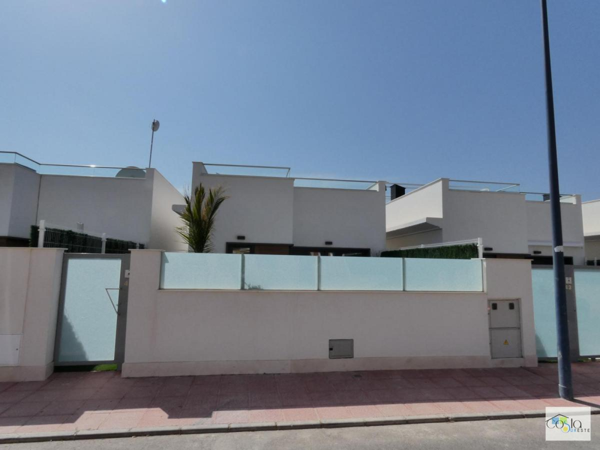 2 bedroom Townhouse for sale in Los Alcazares