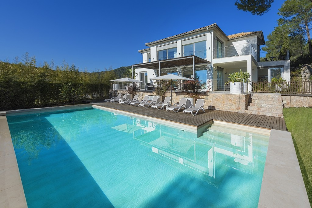 Modern villa for sale in Mallorca North with stunning views - Price reduced