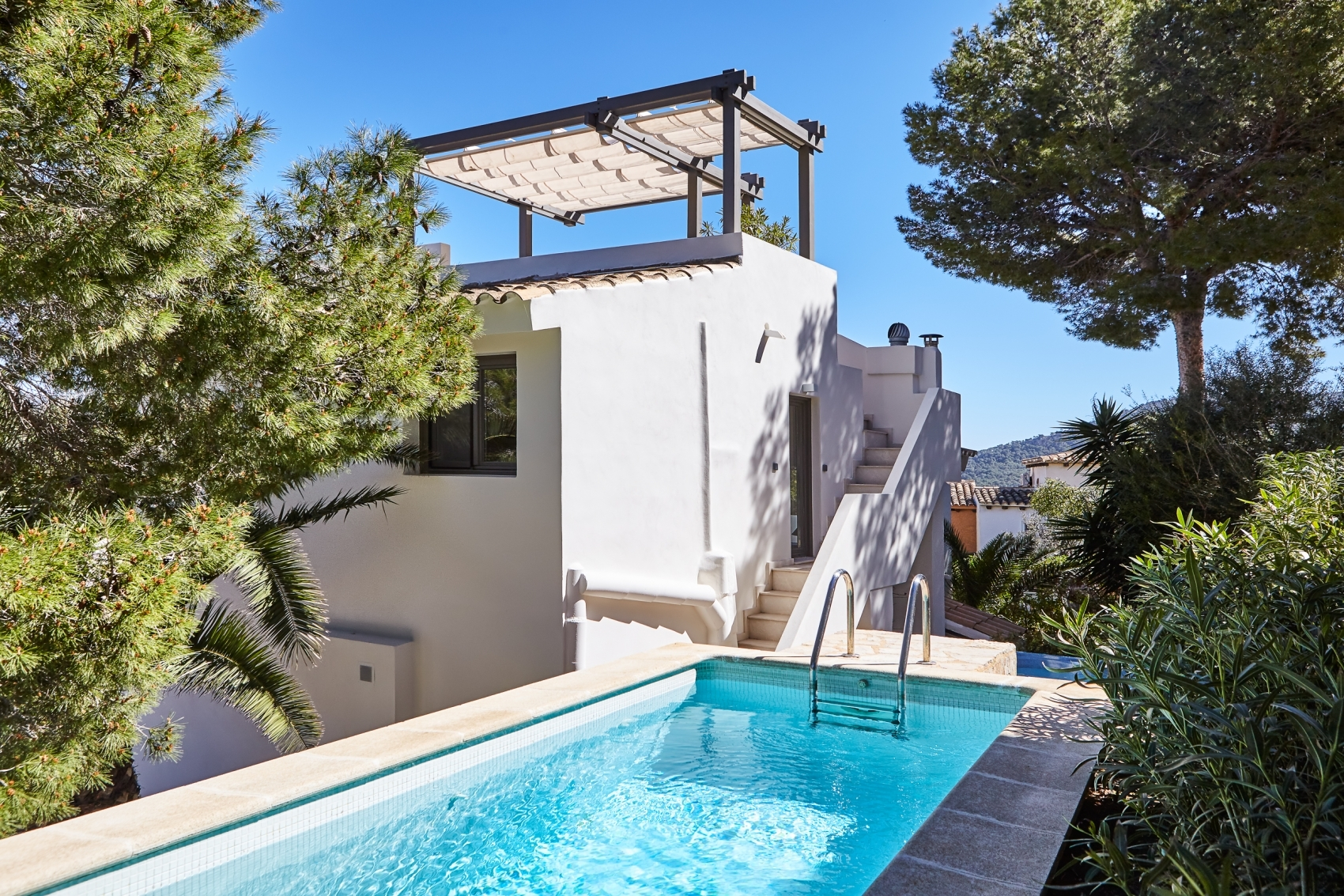 High quality house with sea views in sunny location in Port Andratx