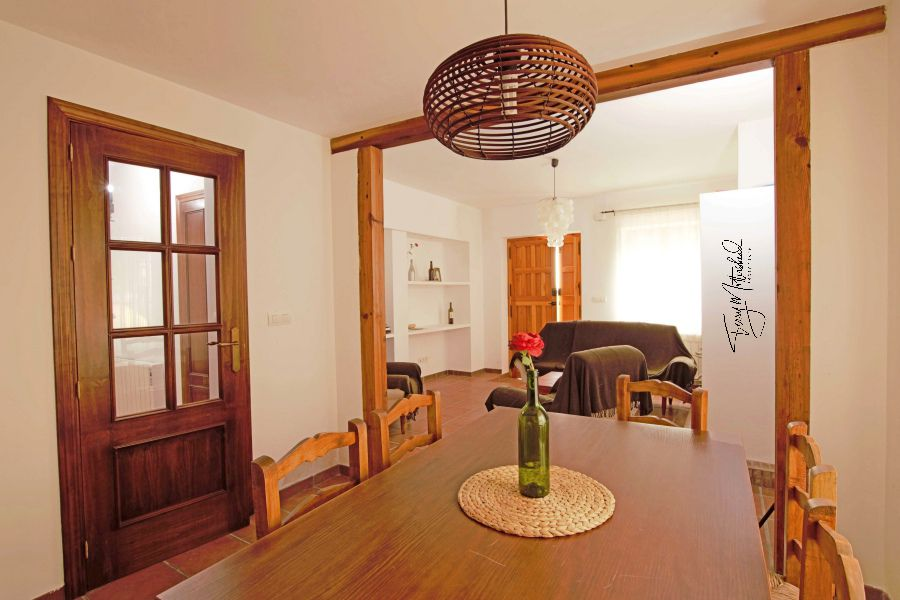 3 bedroom Townhouse for sale in Alhama de Granada