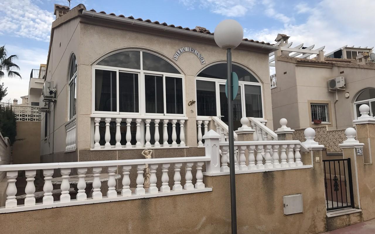 2 bedroom Villa for sale in Los Altos