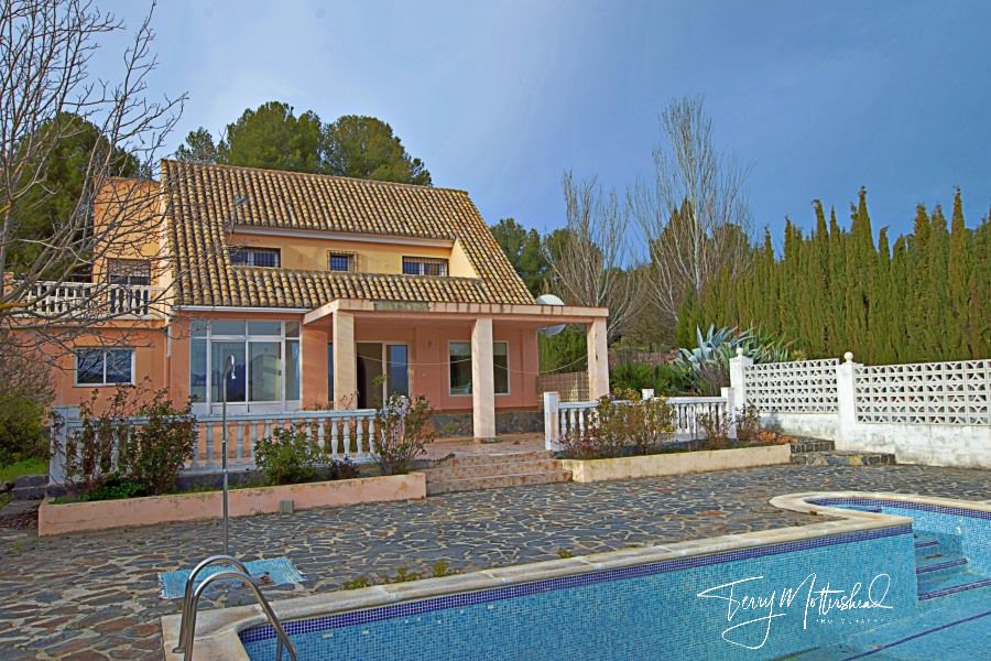 4 bedroom Villa for sale in Arenas del Rey