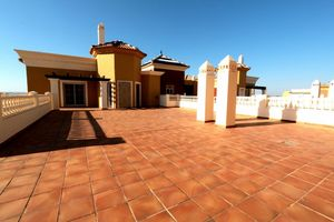 3 bedroom Penthouse for sale in Ayamonte
