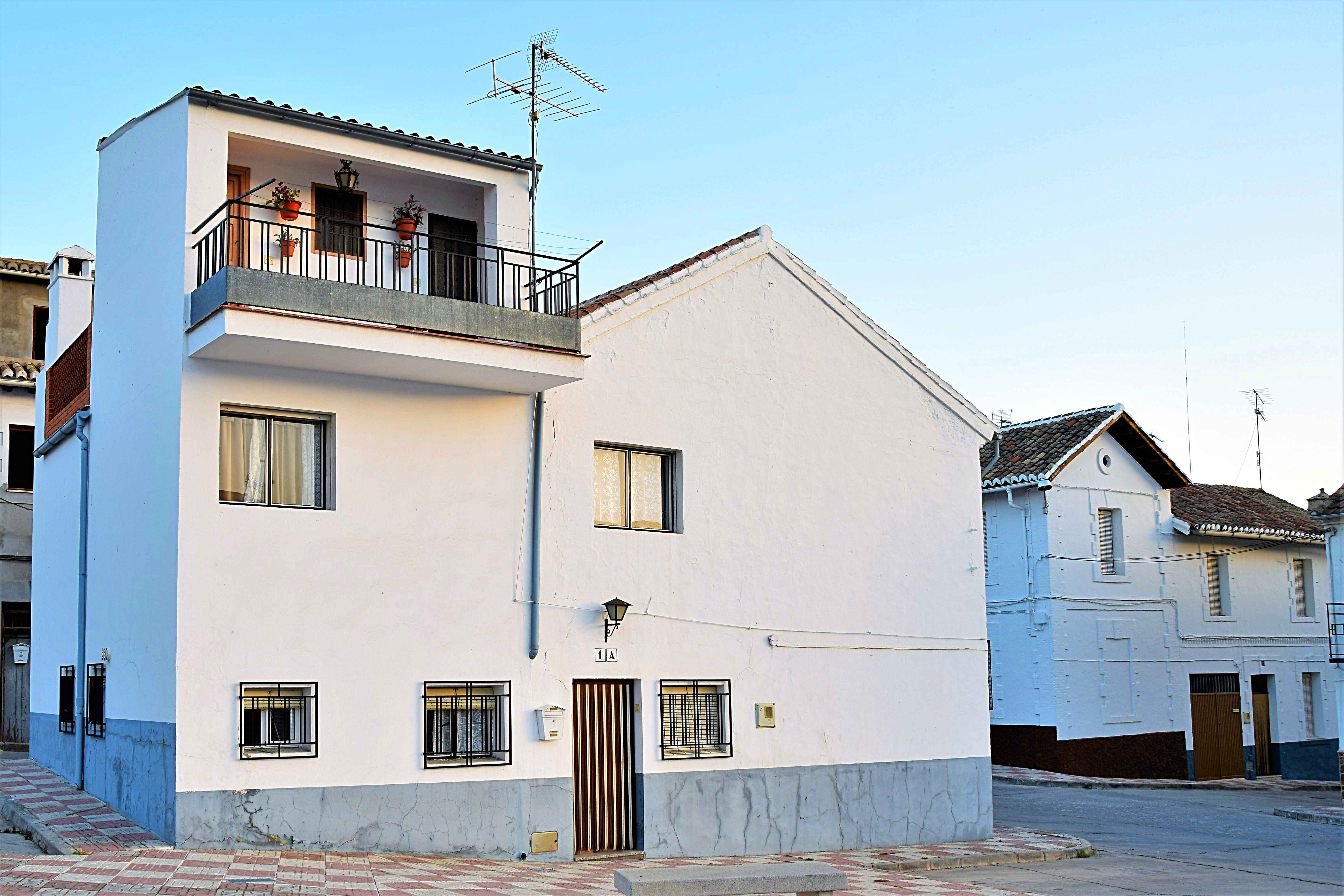 6 bedroom House for sale in Alhama de Granada
