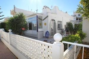 2 bedroom Bungalow for sale in Villamartin