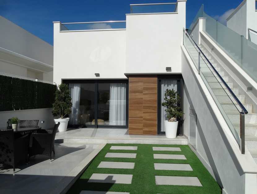 2 bedroom Villa for sale in Los Alcazares