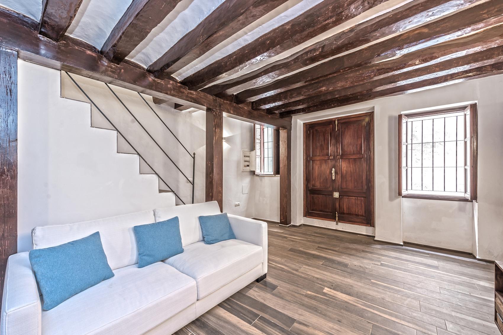Volledig gerenoveerd duplex appartement in de oude binnenstad van Palma
