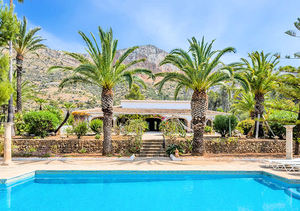 Javea 5 Bedroom Krevine Finca for Sale Montgo