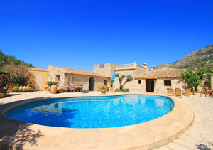Pedreguer 3 Bedroom Finca for Sale