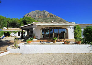 Javea 4 Bedroom Finca for Sale Montgo