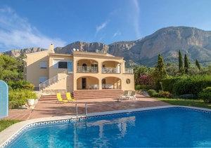 Montgo Javea 5 Bedroom Villa for Sale