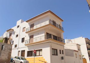 Javea Spacious 5 Bedroom Apartment for Sale in the Old Town