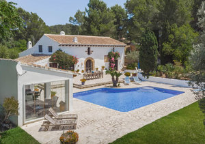 4 bedroom Finca for sale in Javea