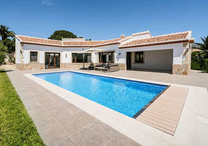 Javea 3 Bedroom Villa for Sale La Lluca