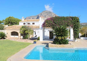 Javea 200 year old finca for sale