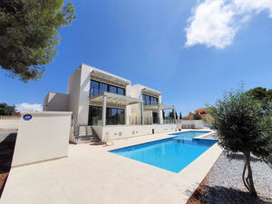 3 bedroom Villa for sale in Moraira