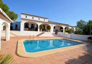 Javea La Lluca 4 Bedroom Property for Sale