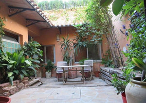 Jesus Pobre 4 Bedroom Townhouse for Sale with Courtyard and Terrace