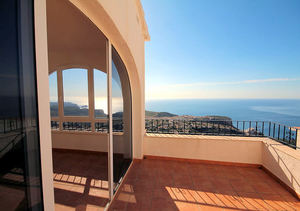 2 bedroom Penthouse for sale in Benitachell