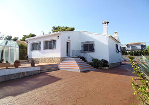 Javea Villa for Sale with Heated Pool
