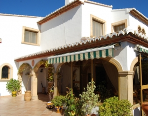 Fantastic renovated townhouse for sale in Javea