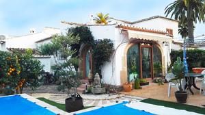 2 Slaapkamer Villa te koop in Javea
