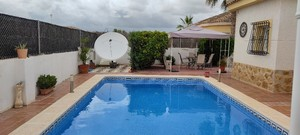 Lovely detached Villa with private pool in 500m2 plot