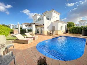 3 bedroom Villa for sale in La Torre Golf Resort