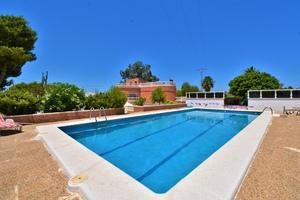 4 bedroom Villa se vende en La Marina