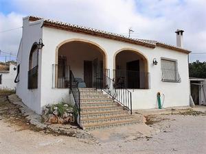 3 bedroom Finca for sale in Gata de Gorgos