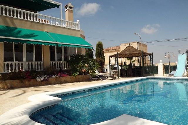 3 bedroom Villa for sale in San Miguel