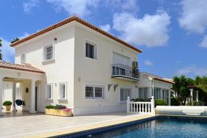 Villa for sale in Javea