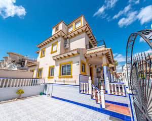 4 bedroom Townhouse for sale in Orihuela